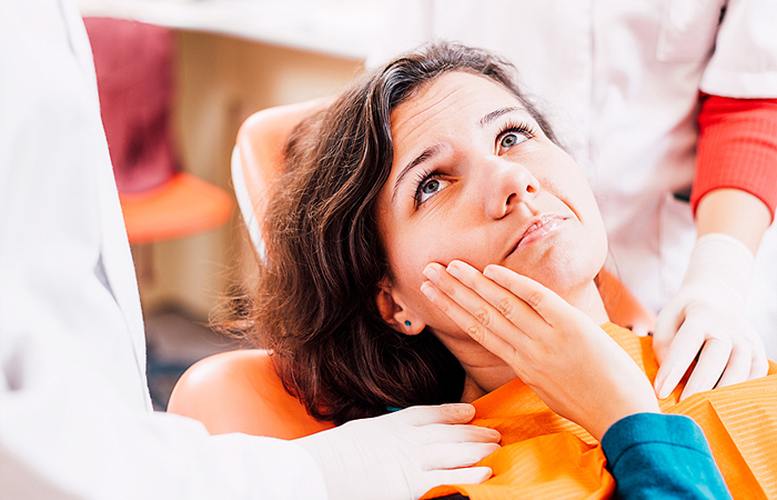 tooth extractions dentist mooloolaba